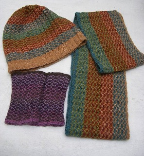 Hat, Handwarmer and Snood in Jersey (RM58)